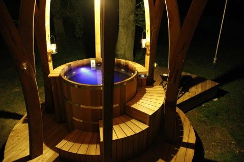 Constructeur bain nordique haute savoie savoie gen ve jacuzzi bois - Fabriquer bain nordique ...